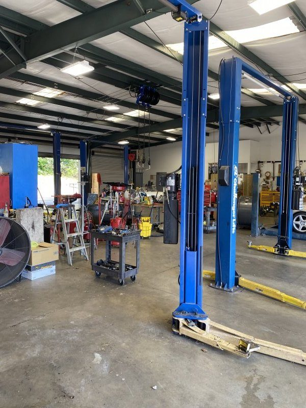 DeKalb County Repair Service Shop - Business and Real Estate For Sale